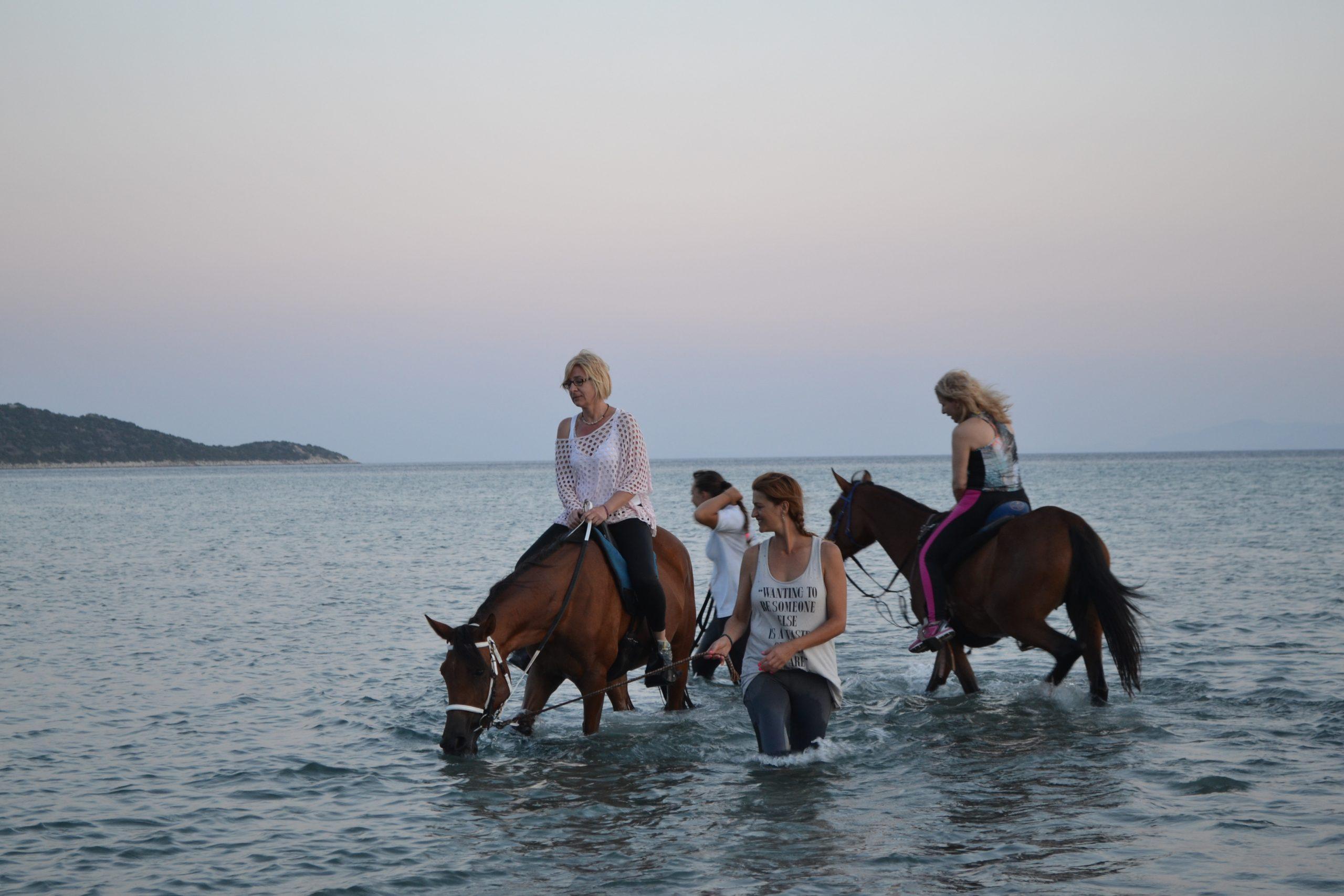 ιππασία στη θάλασσα
